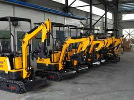 2018 Mini Excavator with Quick Hitch Changer - picture1' - Click to enlarge