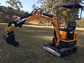 2018 Mini Excavator with Quick Hitch Changer - picture0' - Click to enlarge