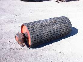 Conveyor tail pulley/drum - picture0' - Click to enlarge