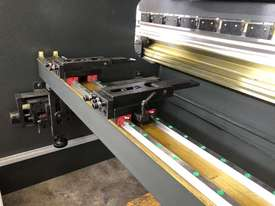 ACCURL Quality NC Pressbrake With Laser Guards, Servo & Delem NC Controller - picture10' - Click to enlarge