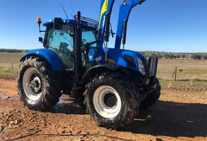 New Holland T7030 FWA/4WD Tractor