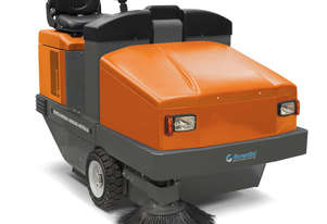 Fiorentini S32B Ride On Sweeper