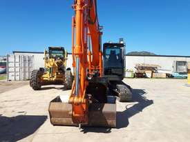 Hitachi ZX120 Tracked-Excav Excavator - picture3' - Click to enlarge