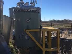 Pressure Vessel - picture0' - Click to enlarge