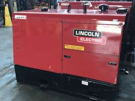 Lincoln Vantage 575 Diesel Welder Generator 500 Amps Welding 240 & 415 Power - picture3' - Click to enlarge