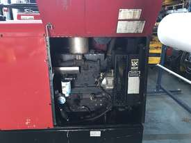 Lincoln Vantage 575 Diesel Welder Generator 500 Amps Welding 240 & 415 Power - picture4' - Click to enlarge