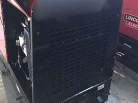 Lincoln Vantage 575 Diesel Welder Generator 500 Amps Welding 240 & 415 Power - picture5' - Click to enlarge
