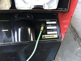 Lincoln Vantage 575 Diesel Welder Generator 500 Amps Welding 240 & 415 Power - picture8' - Click to enlarge