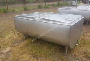 STAINLESS STEEL TANK, MILK VAT 1550 LT