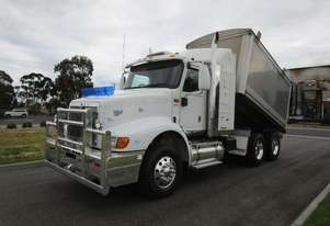 International 9200 Eagle Tipper Truck