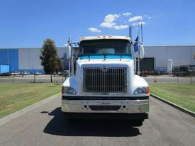 International 9200 Eagle Primemover Truck - picture1' - Click to enlarge
