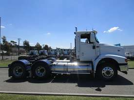 International 9200 Eagle Primemover Truck - picture12' - Click to enlarge