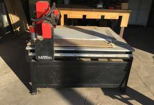 cnc router 1.5m x 1.5m with laptop