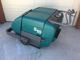 2014 Tennant S10 FLOOR SWEEPER - picture0' - Click to enlarge