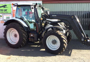 Valtra    N124H FWA/4WD Tractor