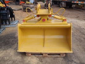 Tilt Bucket to Suit 12 Tonner NEW - picture0' - Click to enlarge