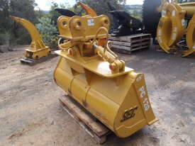 Tilt Bucket to Suit 12 Tonner NEW - picture3' - Click to enlarge