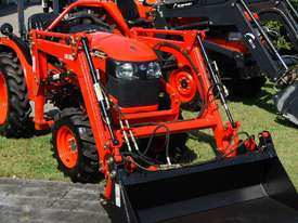 KUBOTA NEW 27 HP TRACTOR - picture1' - Click to enlarge