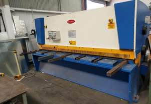 Just In - Late Model 3100mm x 8mm Hydraulic Variable Rake Guillotine
