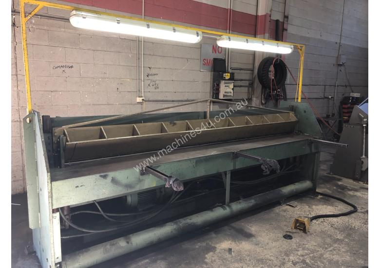 Guillotine 3m Cutting Length