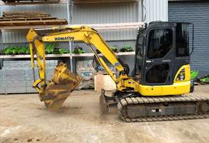 Used 2013 Komatsu PC45MR Excavator with 4300hrs inc mud, 300mm, 600mm buckets, ripper attachment.