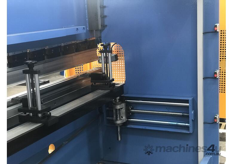 Feature Packed 2500mm x 70Ton CNC Pressbrake Graphical Controller & Laser Guards Included