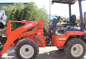 Kubota R520 Wheel For Hire