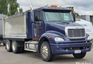 2007 Freightliner Columbia CL112 FLX