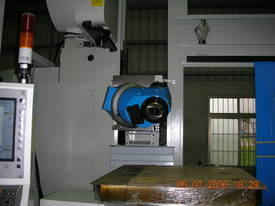 Eumach CNC Universal Bed Mills - picture9' - Click to enlarge