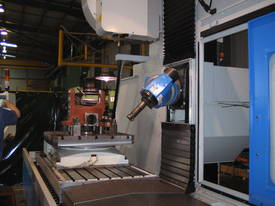 Eumach CNC Universal Bed Mills - picture10' - Click to enlarge