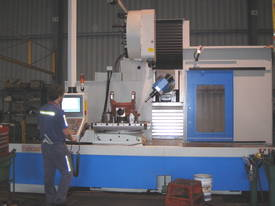 Eumach CNC Universal Bed Mills - picture3' - Click to enlarge