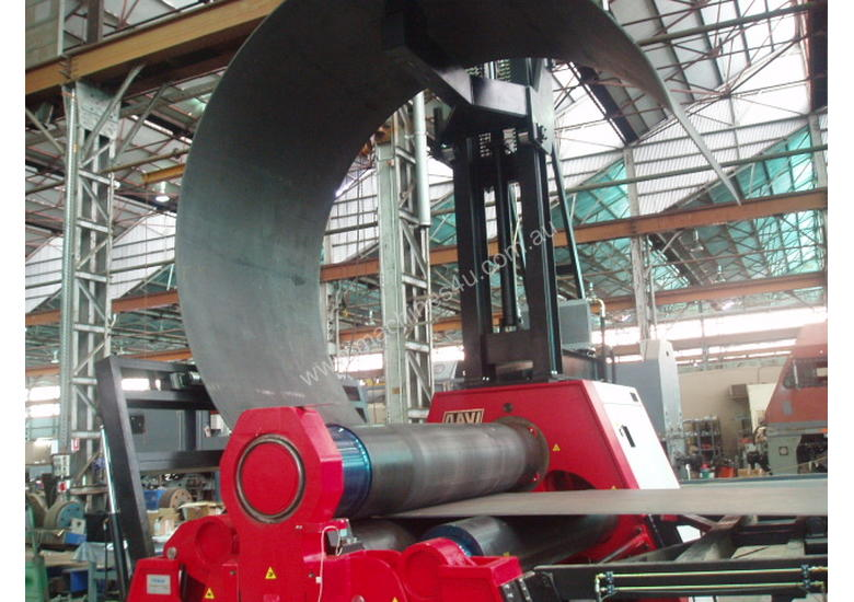 WIND TOWER BENDING MACHINE