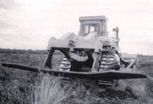 945 Ripper-mounted Blade Plow - 7.7m Wide