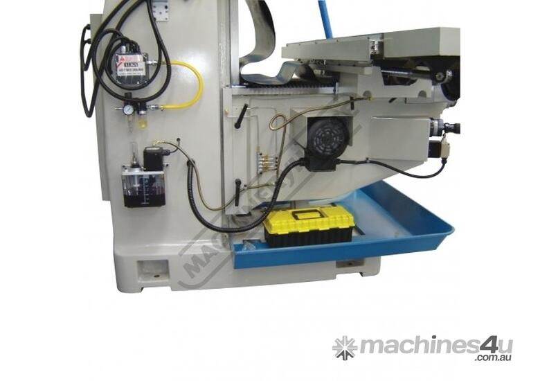 BM-90VE Turret Milling Machine (X) 1120mm (Y) 520mm (Z) 360mm Includes Digital Readout System