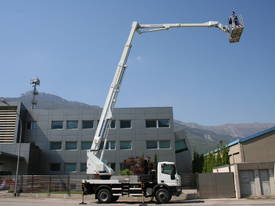 CTE B-Lift 320 Truck-Mounted Platform - picture5' - Click to enlarge