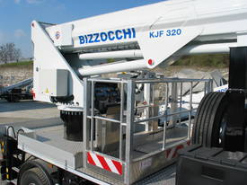CTE B-Lift 320 Truck-Mounted Platform - picture2' - Click to enlarge