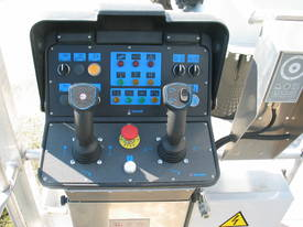 CTE B-Lift 320 Truck-Mounted Platform - picture8' - Click to enlarge