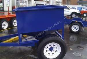 Feed Cart by Blyth Built can add top roll tarp