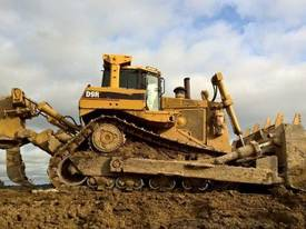 Caterpillar D9R Dozer, Full Cat rebuild 2005