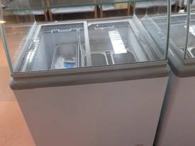 4 Basket Ice-Cream Display Freezer - picture0' - Click to enlarge