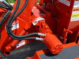 NEW Morbark Beever 812 Diesel Wood Chipper - picture2' - Click to enlarge