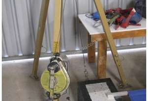 Custom Misc Not Known Tripod and Winch System
