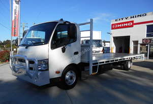 2014 Hino 300 Series 917 X-Long 6.9m Steel Tray