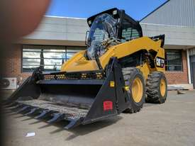 USED CAT 272D XHP SKID STEER LOADER - picture1' - Click to enlarge