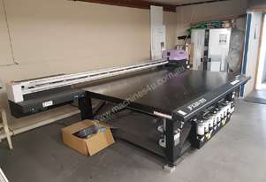 Mimaki JFX200-2513 Flatbed LED-UV Printer