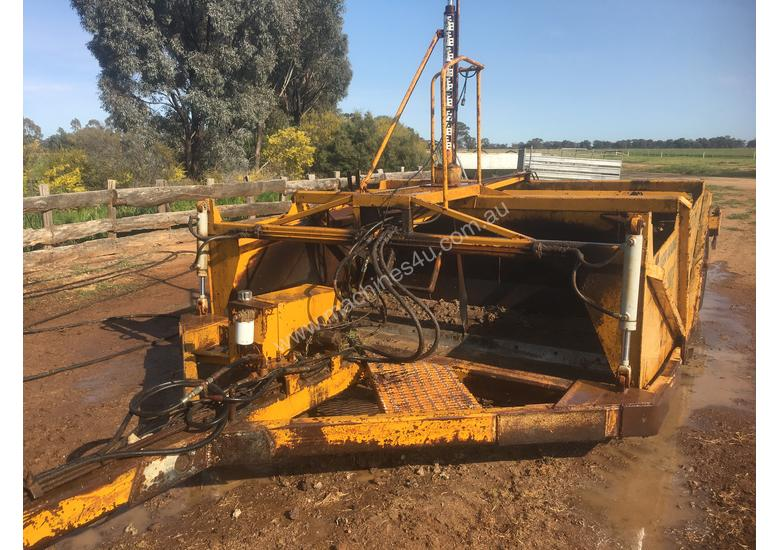 Used Laser bucket 10 FT Laser Grader in , - Listed on Machines4u