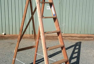 Ladder Step Timber Kennet Antique Style Original Collectible