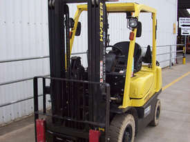 Ex-Demo 2.5T Container Mast Forklift - picture1' - Click to enlarge