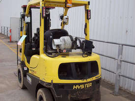 Ex-Demo 2.5T Container Mast Forklift - picture2' - Click to enlarge