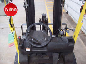 Ex-Demo 2.5T Container Mast Forklift - picture4' - Click to enlarge